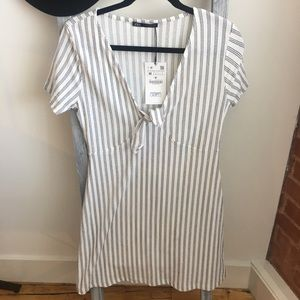 🎉NWT ZARA Tie Front Stripe Dress